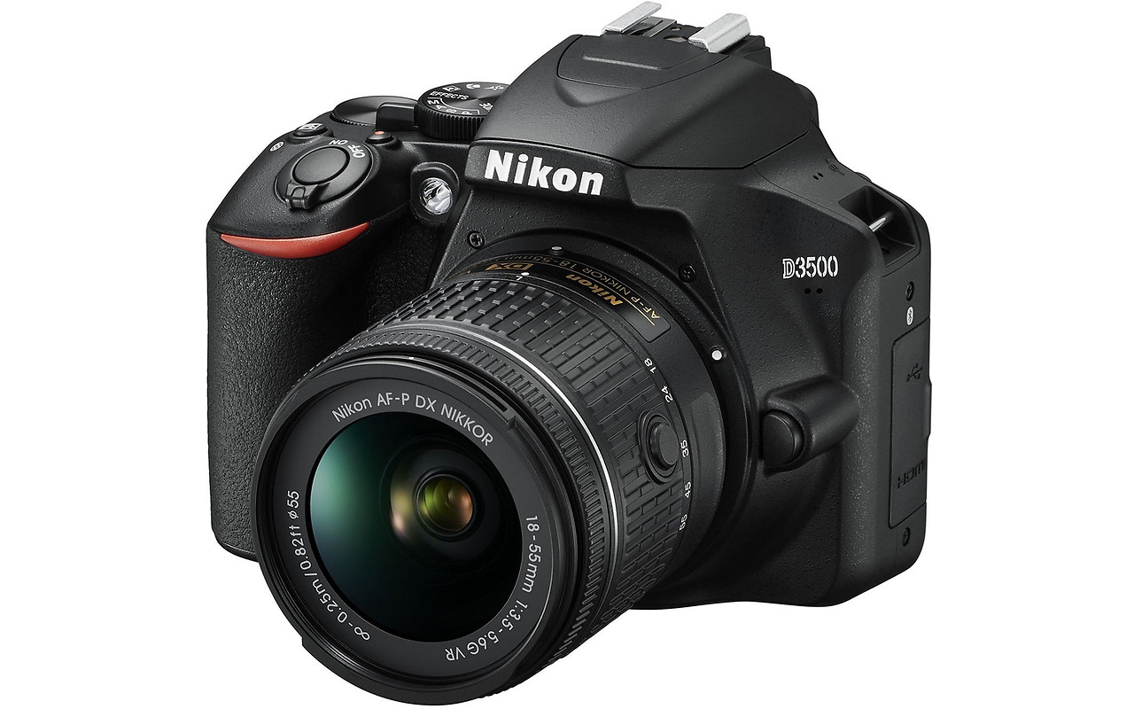 KIT Camera NIKON D3500 / AF-P 18 - 55 mm VR / VBA550K001 / Black